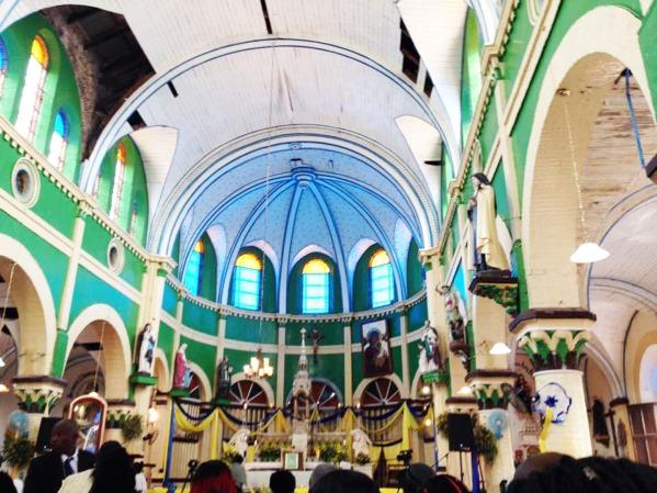 katedral sen lwi-pjs
